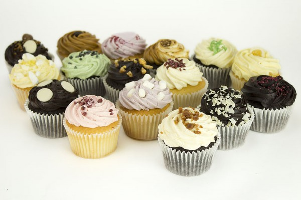 16 Cupcake Party Selection