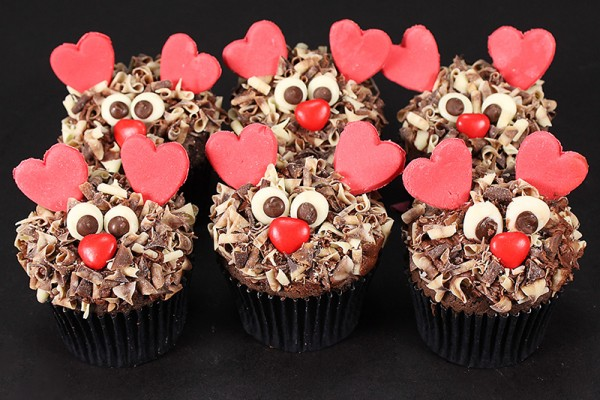 For Him Love Monster Cupcakes
