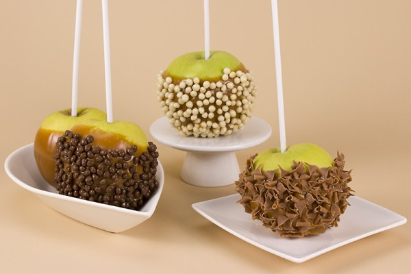 4 Hand Dipped Toffee Apples